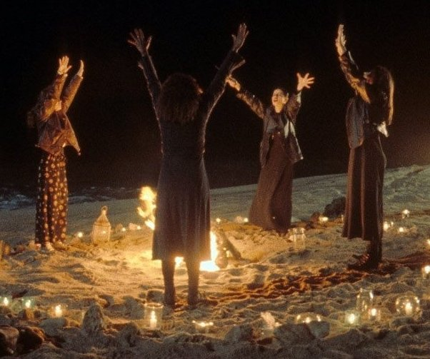 13 days of horror 5 freaky facts about the craft toofab with the craft beach scene 0b698
