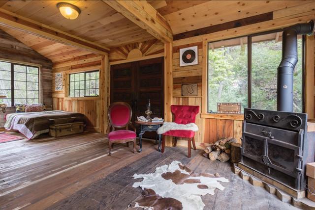 pinkhouse interior 7ad96