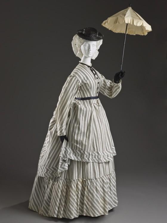 womens printed cotton seaside ensemble 1870 via lacma 4fc3f