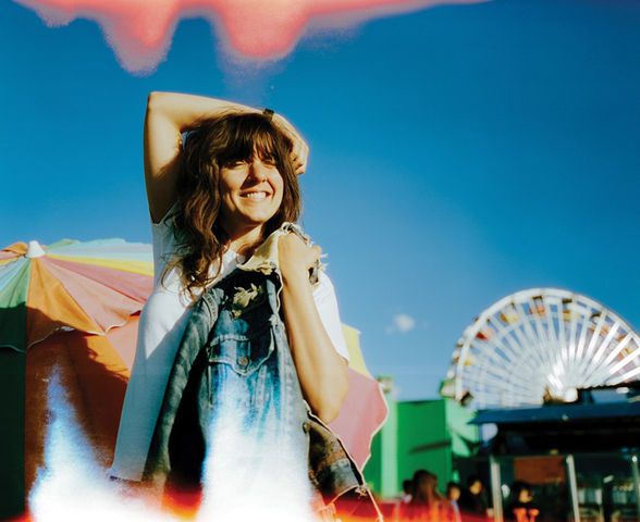 CourtneyBarnett 13 Colour Landscape credit Pooneh Ghana High Res 4369f