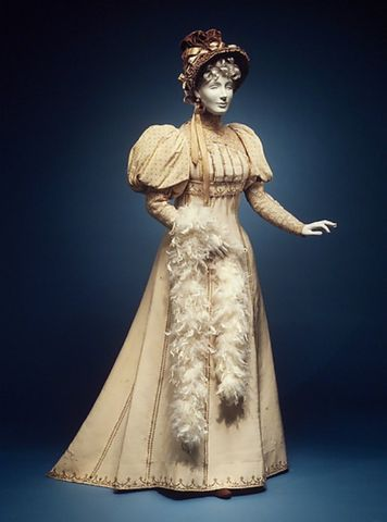 1892 house of worth silk and cotton afternoon dress via met museum1 7d888