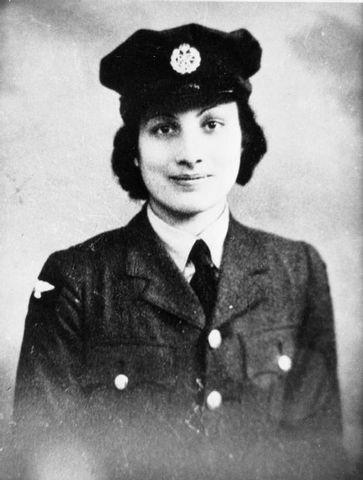 noor inyat khan in uniform eda22
