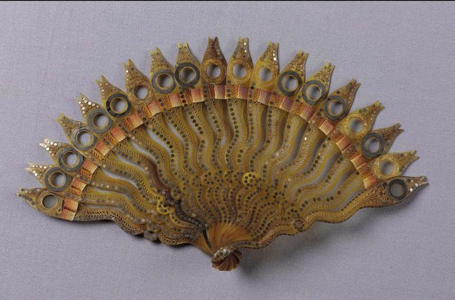 brisc3a9 lorgnette fan orange to yellow silk connecting ribbon late 18th early 19th century 1024x676 5b44d