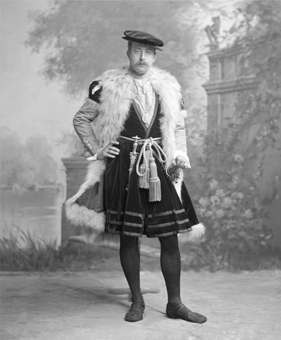 victor christian william cavendish 9th duke of devonshire as an ambassador after holbeins picture in the national gallery by james lafayette 1897 fancy dress c7e75