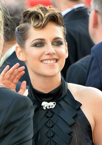 423px Kristen Stewart Cannes 2018 6eb5e