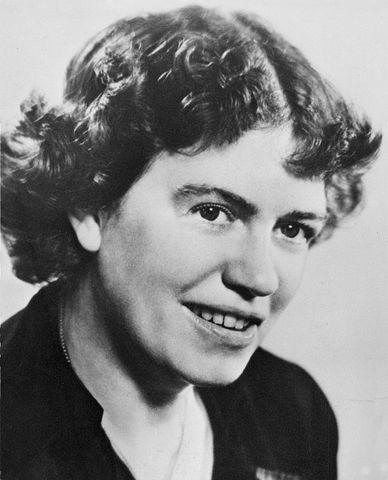 800px-Margaret_Mead_(1901-1978).jpg