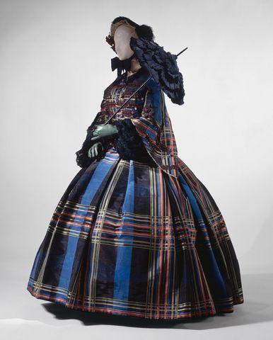 1857 european silk dress via met museum1 dfda8