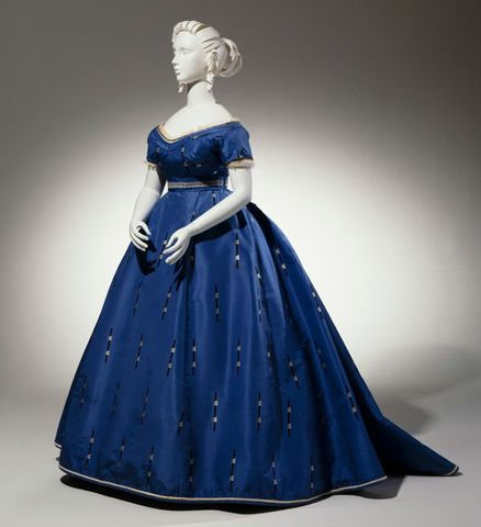 1865 french evening ensemble with evening bodice day bodice skirt and belt via cincinnati art museum cd292
