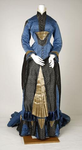 1880 french silk dress via met museum 4 5b8d4
