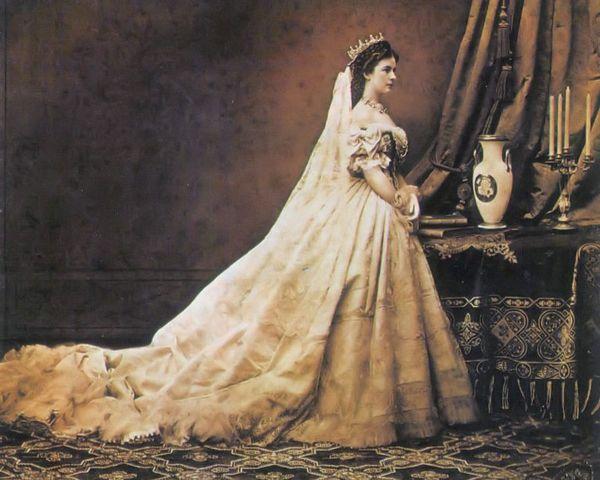 empress elisabeth of austria by emil rabending 1866 768x614 a4f45
