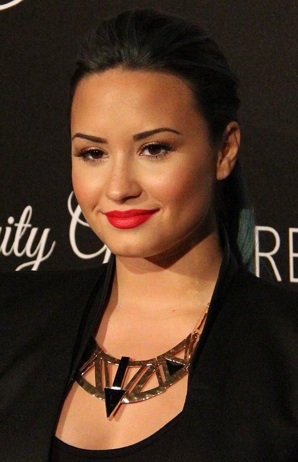 Demi Lovato 2 2013 652dc