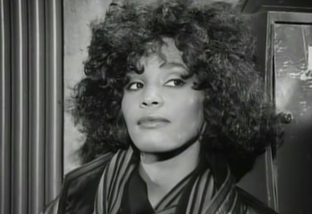 Whitney bb8e2