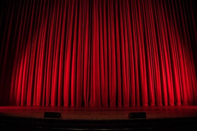 stage curtains 4e673