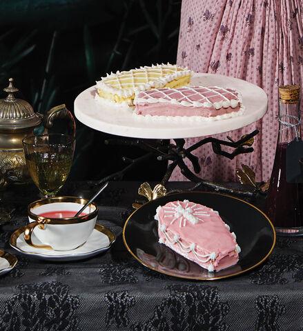 Helena cake 7a8e2