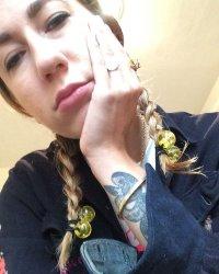 Bee Gray