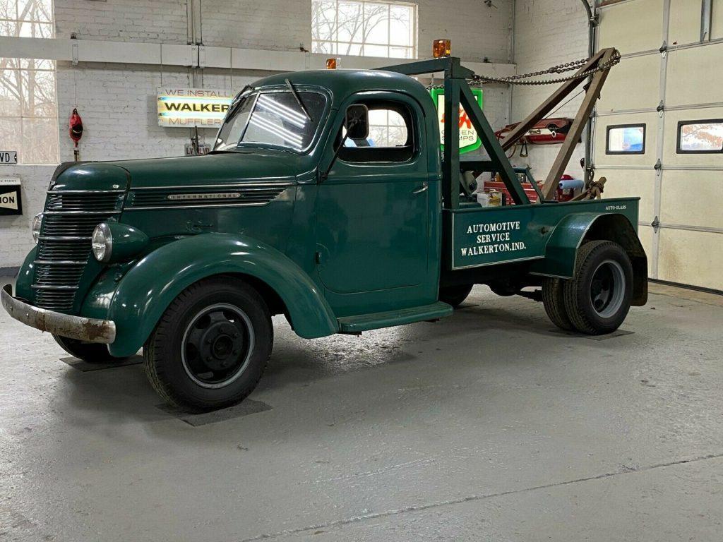 1940 International Harvester Tow Truck