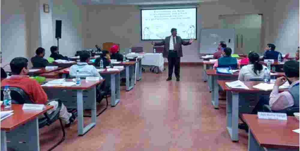 Dr. Shankar in a career guidance session