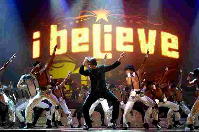 Davar performing with his students at the 'I Believe' spectacular (2010)