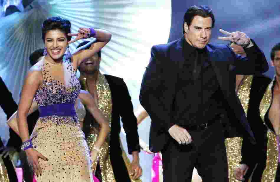 Priyanka Chopra and John Travolta dancing to Shiamak Davar's steps at the IIFA Awards (2014)