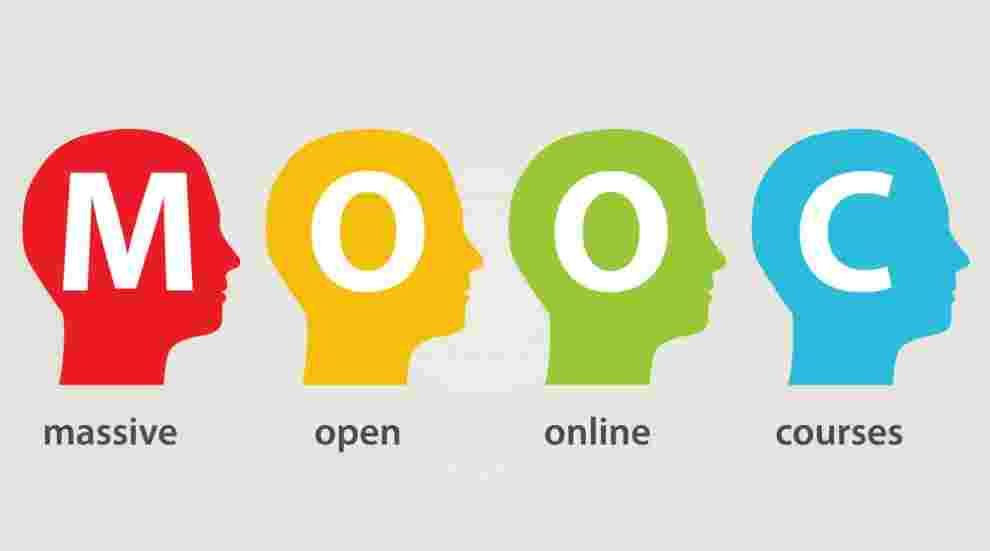 What does MOOCs offer?