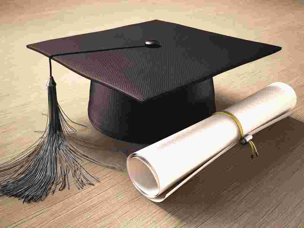 Tips To Choose The Right Degree For Your Future Career