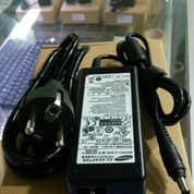 Adaptor Laptop Samsung 19v 4.74a ORIGINAL (5.5mm x 3.0mm) (10045617) di Kab. Malang