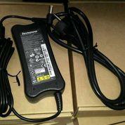 Adaptor Original Lenovo Y300 Y310 Y330 Y450 Y560 19V-3.42A