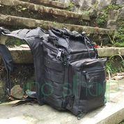 Tas Selempang Black Solid (10174451) di Kota Malang