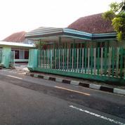 Rumah Jogja Kota Baru Tepi Jalan Raya Luas 900 Meter (10315601) di Kota Yogyakarta