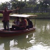 Perahu dayung mini kap 4-5 orang