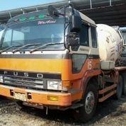 Menyediakan Truck Mixer Indonesia