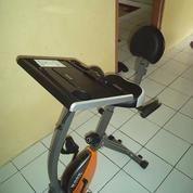 Alat fitness sepeda statis x bike magnetik Dengan meja laptop
