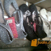 sepatu karet eks lelangan cocok buat pedagang (1079080) di Kota Jakarta Pusat