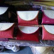 souvenir clutch pandan mini