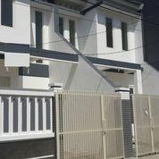 Rumah Gress Mininalis (2 Unit) Karang Asem (11097677) di Kota Surabaya