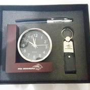 Barang Promosi Gift Set 3 In 1 Dengan Jam Meja L (11152889) di Kota Tangerang