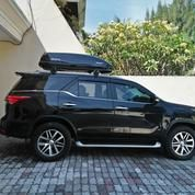 Roofbox WHALE Type FreewayX Black Glossy Roof Box