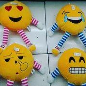 Bantal / Boneka Emoticon / Emote /Emoji / Mimik Cop 4 Macam Ukuran 38 Cm Ada Tangan & Kaki Ada (11709123) di Kota Jakarta Selatan
