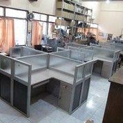 Meja Sekat Kantor 4 Orang Cubicle Table 4 Person (11814989) di Kota Jayapura