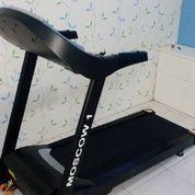 Alat Fitness Treadmill Elektrik Moscow 1 Fungsi