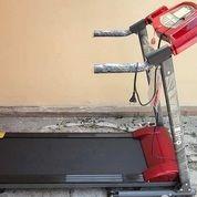 Alat Fitness Treadmill Elektrik DIVO 1 Fungsi
