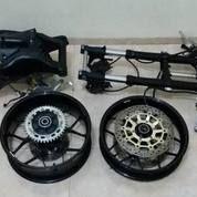 Swing Arm Honda CBR 1000rr Full Set Sama Velg