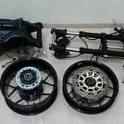 Swing Arm Honda CBR 1000rr Full Set Sama Velg