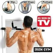 Iron Gym Alat Fitness Praktis Dirumah