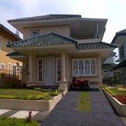 Villa Timur 5 Kamar Di Puncak Resort Kapasitas 20 Orang