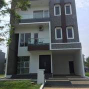 Rumah Mewah Asri Dan Sangat Strategis Siap Huni SCARLET TIMUR (12705855) di Kota Tangerang