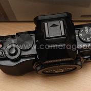 Olympus OMD E-M5 Body Only Black - Super Mint