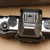 Olympus OMD E-M5 Body Only Silver - Super Mint