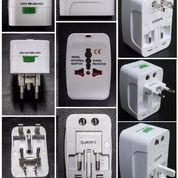 Barang Promosi Universal Travel Adapter UAR05 - Souvenir Promosi