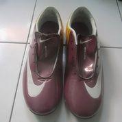 Sepatu Futsal Nike Mercurial Ungu